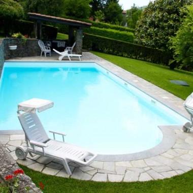Bordo piscina in pietra di luserna